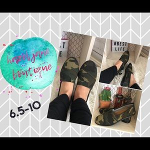 Shoes - ✨NEW✨Camo slip on shoes